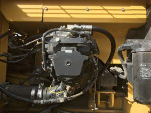 PC350-10の作動油を大量に充填が必要です