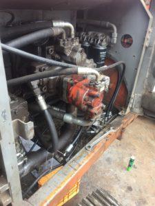 油圧ホース 出張修理